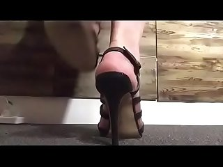 Showing off some heels ... and my feet ;)