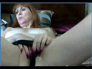My 52yr old fuck friend trix fingering her cunt on cam l2m