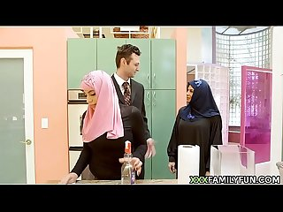 Virgin Hijab Girl Fucked By White Step-Dad