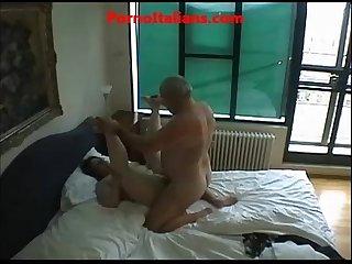 Porno amtoriale coppia matura scopa in casa