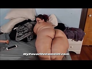 Big Booty Red Bone BBW Shaking Ass