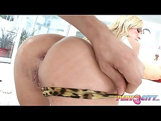 Pervcity Victoria white fucks good