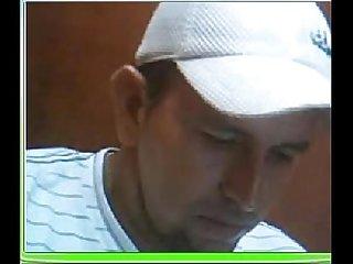 Jose salcedo alias maniche pervertido Que vive en santa Marta colombia