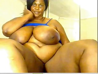 superhotwebcams.com Huge Ebony BBW Shows all on Cam