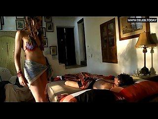 Marly van デア velden 小柄な ティーン 女の子 トップレス セックス シーン verliefd op ibiza 2013