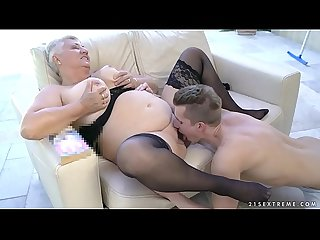 Fat grandma S tits covered with jizz