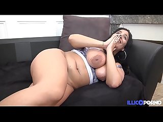 Chubby Sarah renoue avec la sodomie, en DOUBLE PENETRATION ! [Full Video]