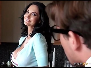 Hilarious - Geek Creates Android of Friend's Hot Mother - Ava Addams