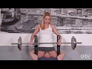 Fitness slut Nikky Dream goes pantyless to Gym & gets Skull Fucked