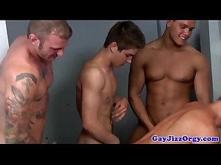 Muscular hunks bang guy orifices in orgy