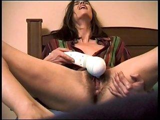Kelly vibrator