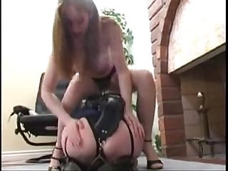Natali demore enjoys with her lesbian slave