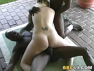 Sassy tries double penetration with black cocks