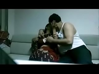 Indian Desi wife in Saree fucking stranger in house juicypussy69 blogspot in