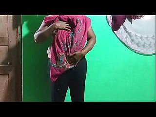 horny des itamil telugu kannada malayalam hindi indian vanitha showing big boobs and shaved pussy..