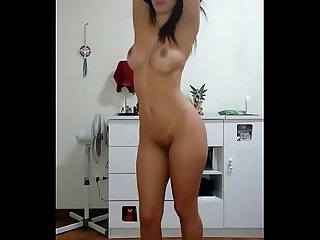 Shy But Sexy Girlfriend Striptease And Dancing - streaptease.net