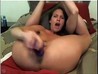 Amazing Hot Babe having a Screaming Hot orgasm on Webcam live at FAQcams.com