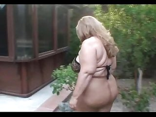 Mature chubby in pantyhose