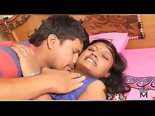 Hot Busty Desi bhabhi 819 2