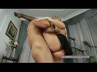 Blonde slut cherry jul is getting laid