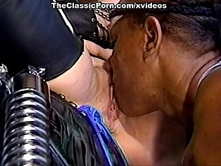 Chessie moore dusty bridgett monroe in classic sex scene