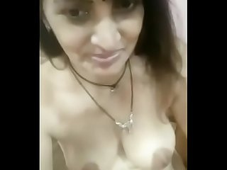 Gujrati married milf feeling horny nd taking naked Selfie audio adeed