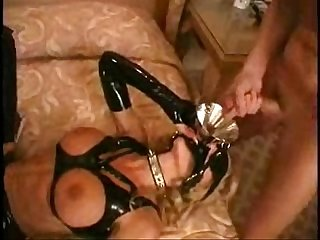 Latex miss strapon fucks blonde fetish babe in domination ffm