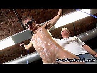 วิดีโอ nudist ชาย สำเร็จความใคร่ ใน the ป่า เกย์ เครื่องหมาย เป็น อย่างเช่น a