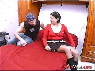 Mature sans experience veut satisfaire ses besoins sexuels excl excl french amateur