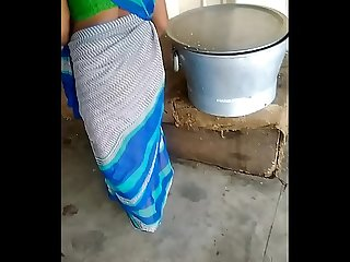 Indain green saree aunty hot aunty