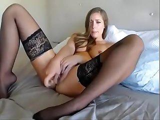 Amber heard look alike plays with dildo on cam tinyamateurcams com