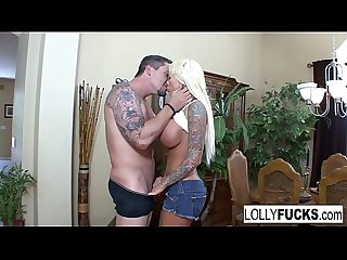 Lolly uses her blowjob skills to get a huge facial!