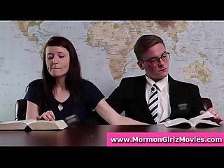 Amateur dude gets public handjob from Mormon girlfriend