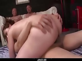 Yui Hatano looks pleased with so many dicks around her - From JAVz.se