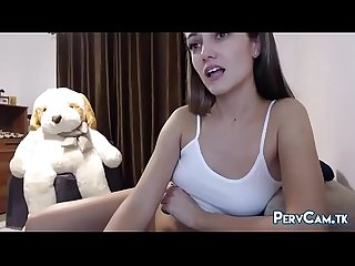 Cute Camgirl Toys Her Pussy With Ohmibod Vibrator