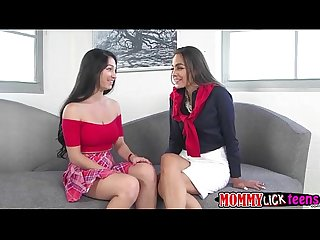 Mom Bobbi and Crystal performs lesbo sex in the couch